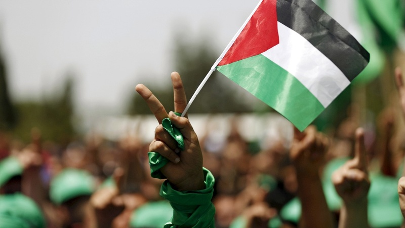 Hamas dissolves Gaza administration in unity bid