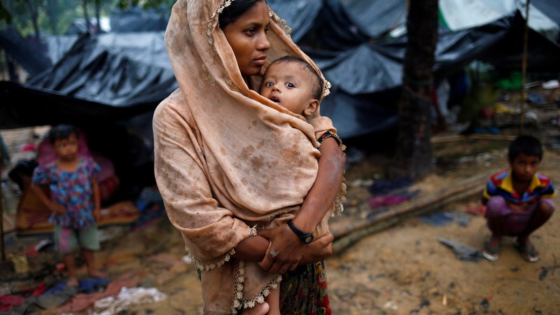 Lack of food and water could kill fleeing Rohingya