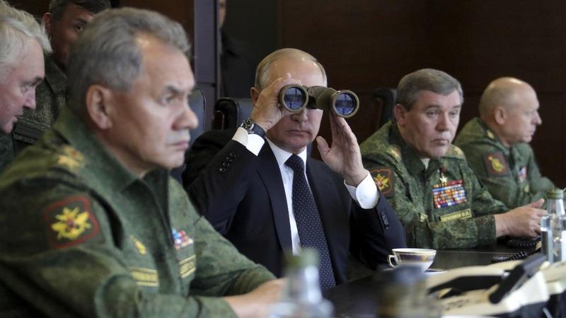 INSIGHT: Putin inspects Russia's 'Zapad 2017' wargames