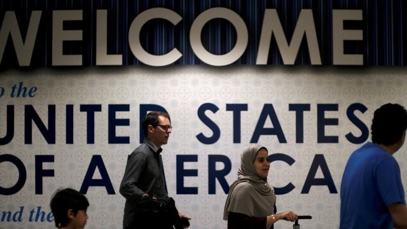 Red tape ties up H-1B visas for skilled foreign workers