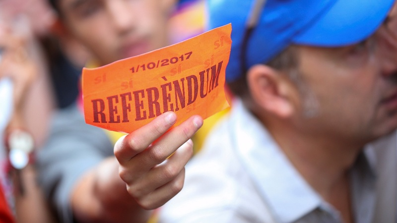 Catalan officials rounded up ahead of referendum