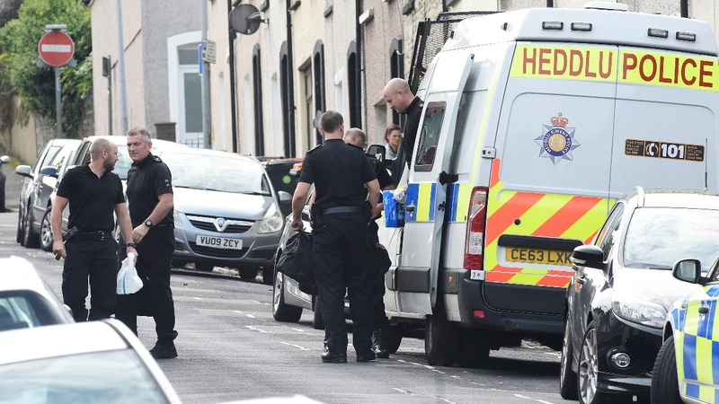 UK militant threat's strain 'not sustainable' for police