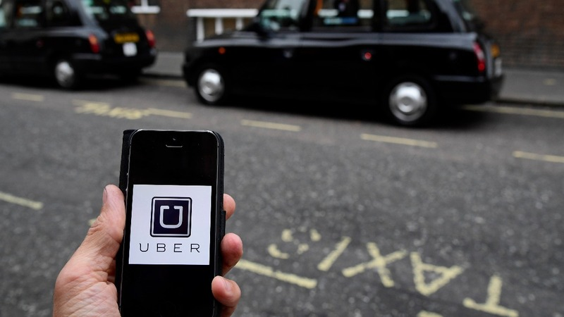 Uber looks to Londoners after city strips license