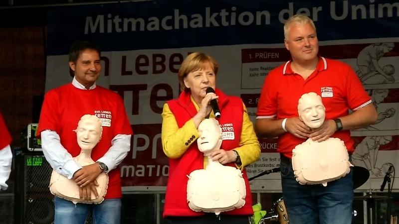 INSIGHT: Merkel's final push before German election