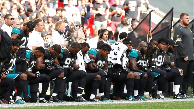 NFL rallies behind players attacked by Trump