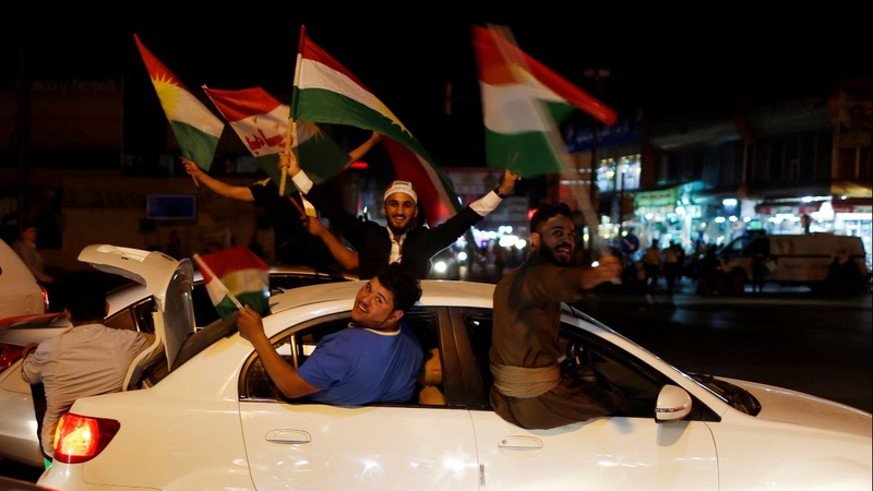 Pressure builds on Iraqi Kurds to reverse independence vote