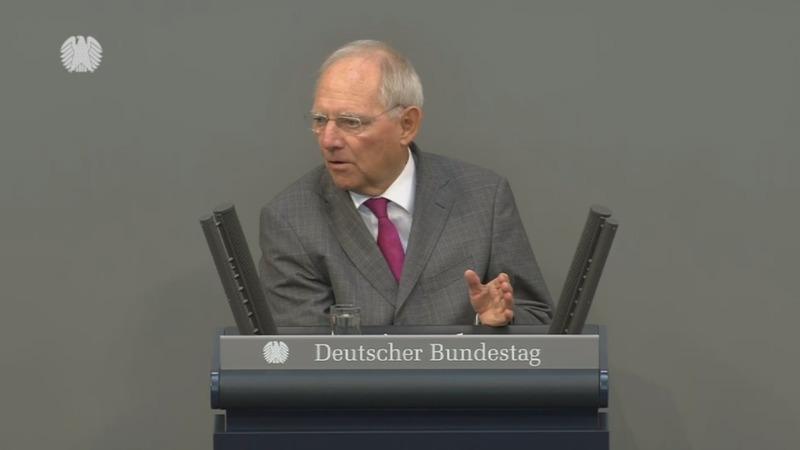 German parliament move unblocks coalition talks