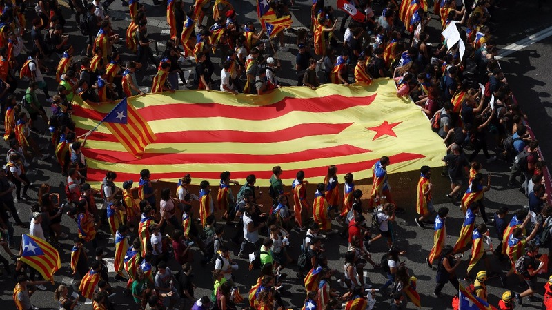 Emotions run high ahead of Catalan independence vote
