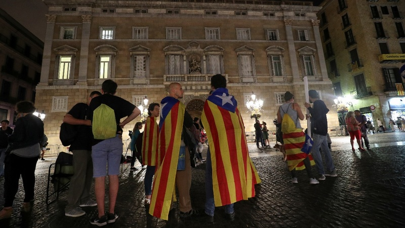 Spain moves to block Catalan independence