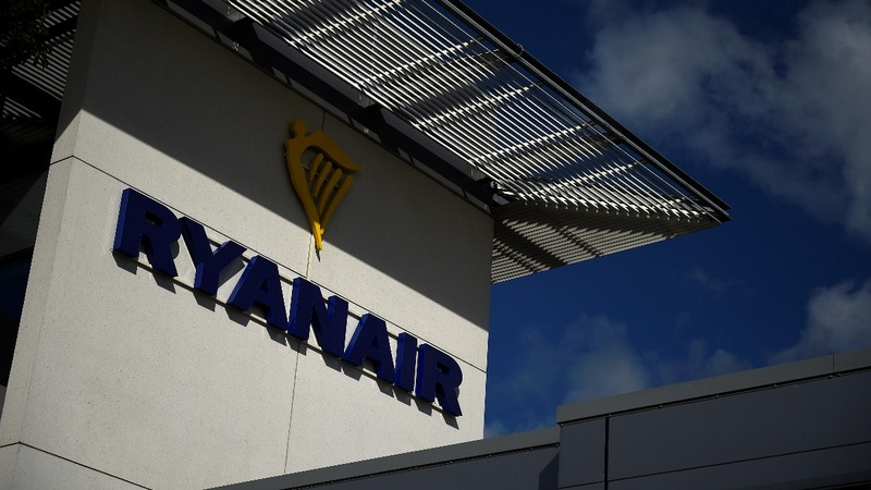Irish airline Ryanair gives in to pilot demands