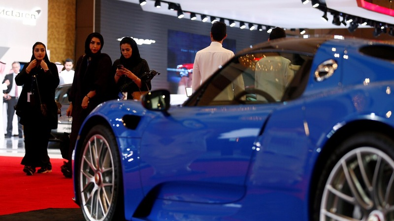 Saudi car show opens its doors to women
