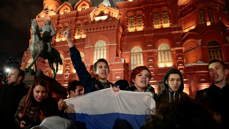 Protesters call for Putin to quit on his birthday