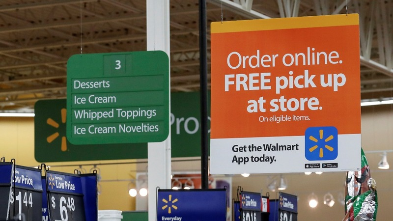 Wal-Mart sees early success in fending off Amazon