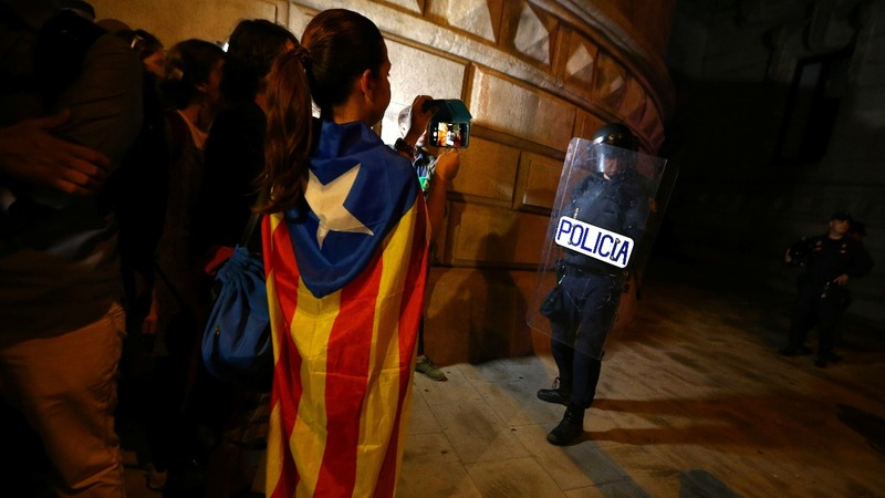 Spain moves closer to direct Catalonia rule