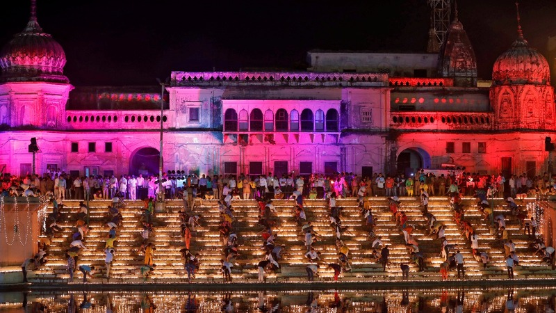 INSIGHT: Indian city lights up on eve of Diwali