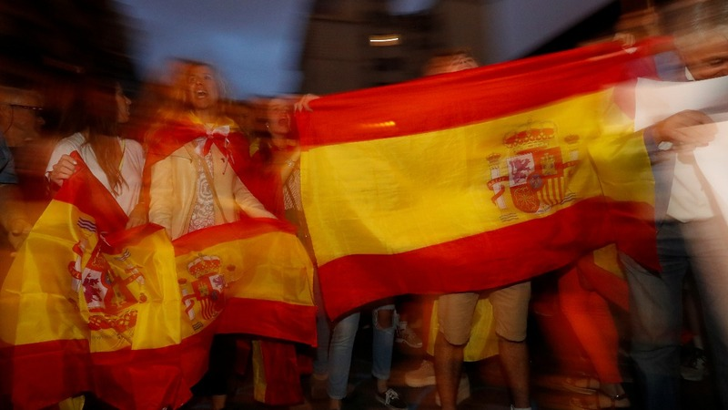 Catalonia crisis: Spain to force January elections