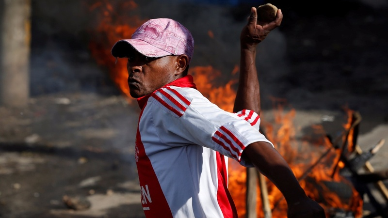 Low voter turnout taints Kenya's election re-run