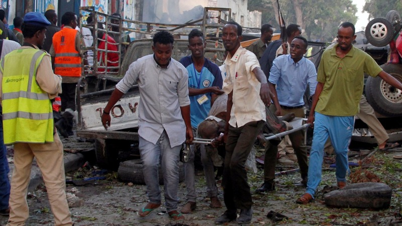 At least 17 dead after double car blasts in Somalia