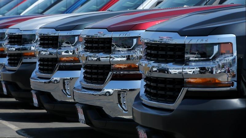 Car debt mountain rattles economists