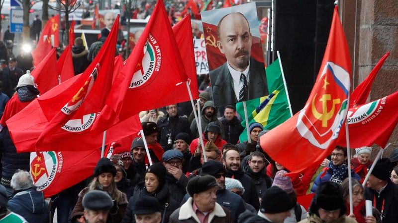 Wary Putin avoids Russian Revolution centenary
