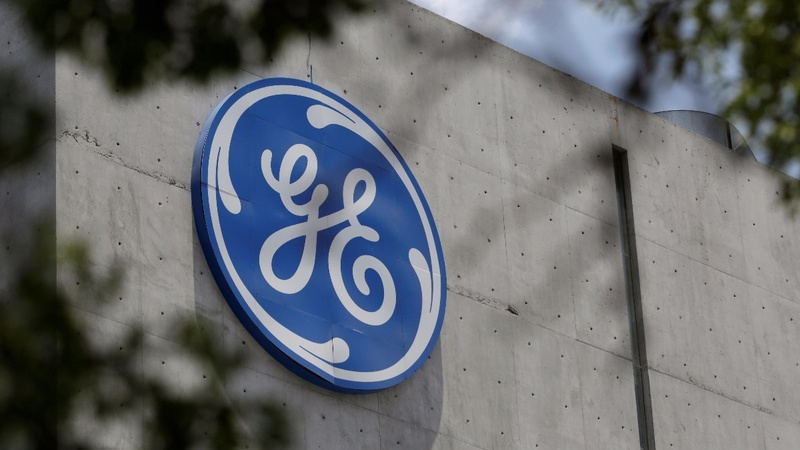 GE shares tumble to five-year low after CEO overhaul