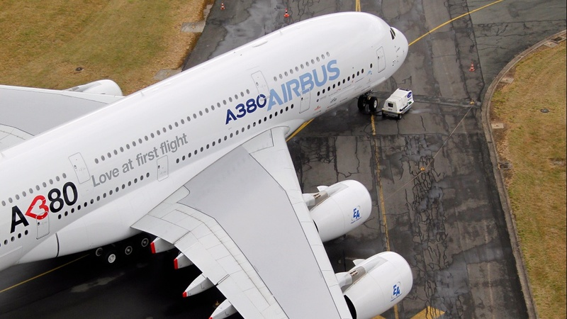 Airbus lands its biggest ever $50 billion deal