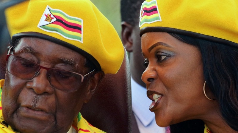 Zimbabwe army takeover: Mugabe 'under house arrest'