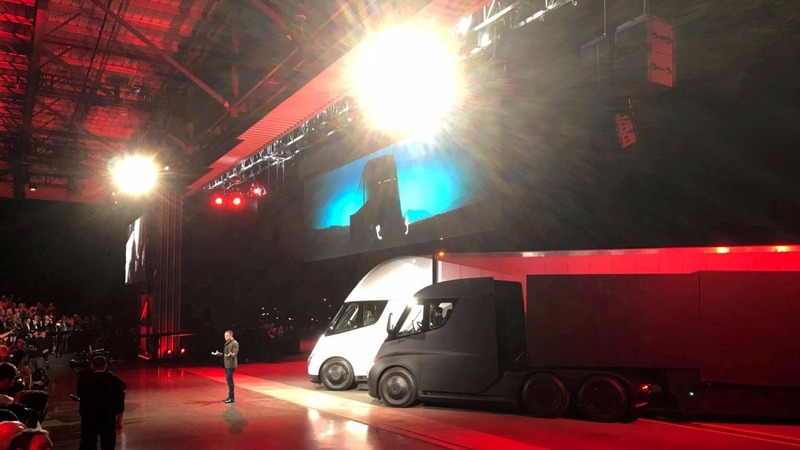 Tesla unveils new big rig and Roadster