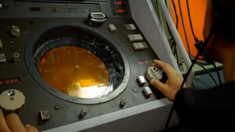 Satellite calls not from missing Argentine submarine