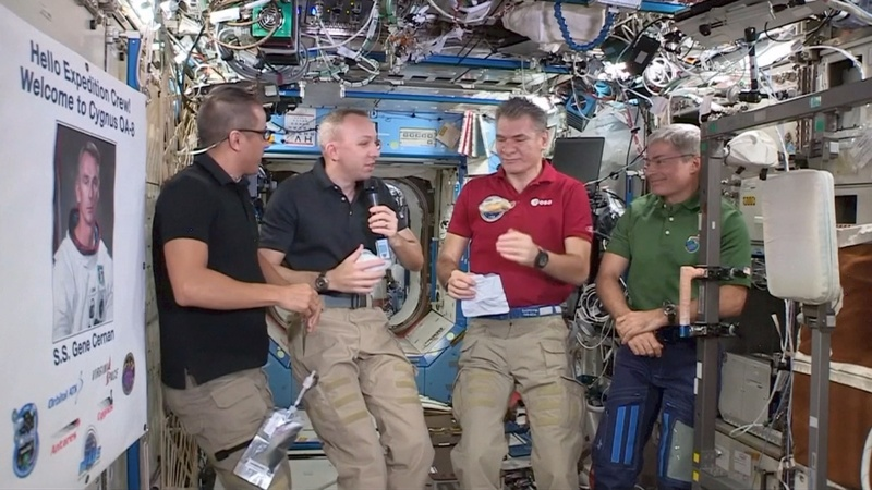 INSIGHT: Astronauts ready for pre-packaged Thanksgiving meal