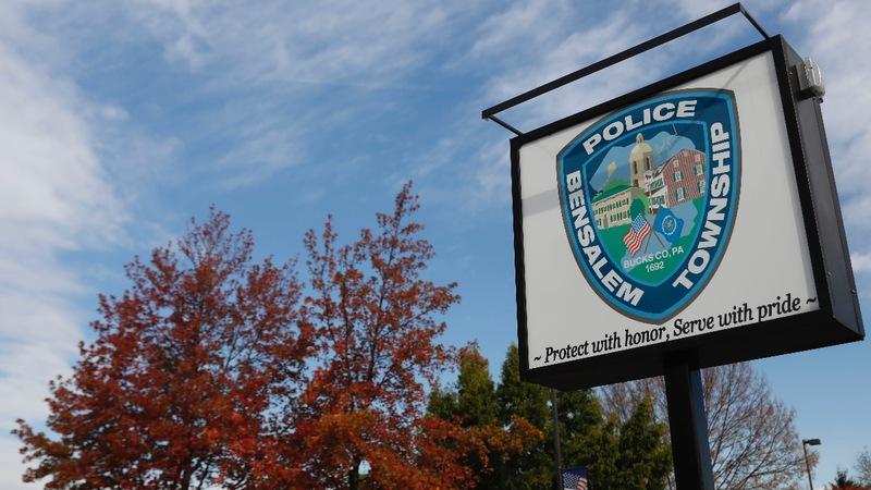 Small-town U.S. police depts. seek ICE training