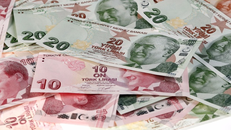 U.S. tensions prove costly for Turkish lira