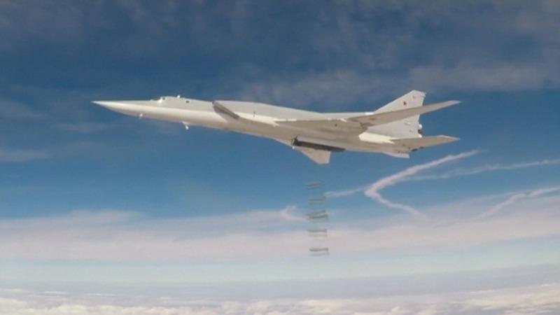 Russian bombers strike Islamic State in Syria