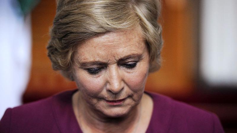 Irish deputy PM quits, averts early election