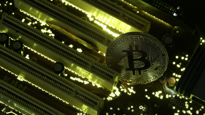 Bitcoin rockets back above $10,000 as controversy rages
