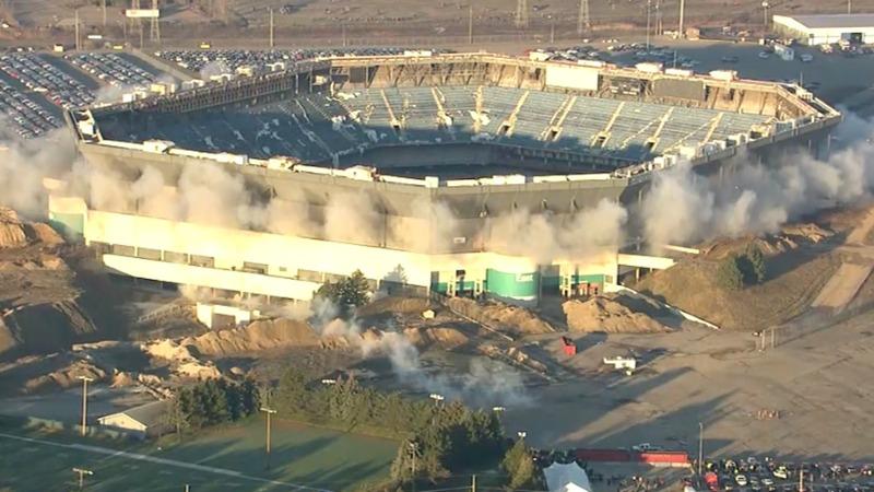 INSIGHT: Detroit stadium still standing after failed implosion