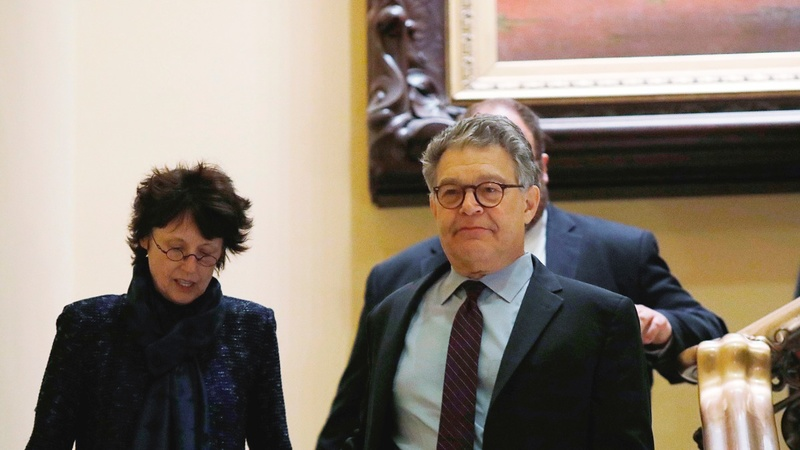 Franken to leave Senate amid groping allegations