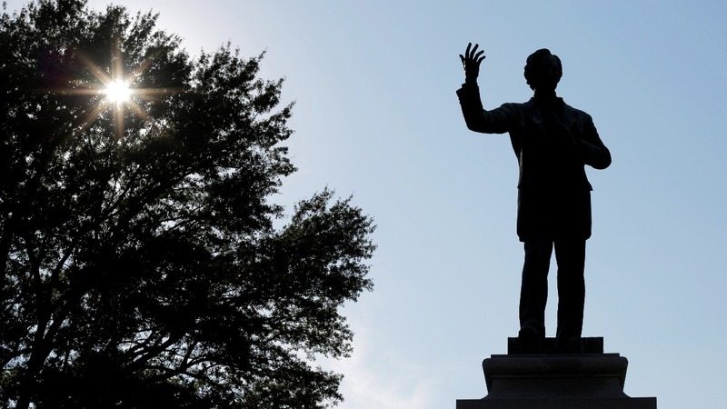 INSIGHT: Memphis removes two Confederate statues