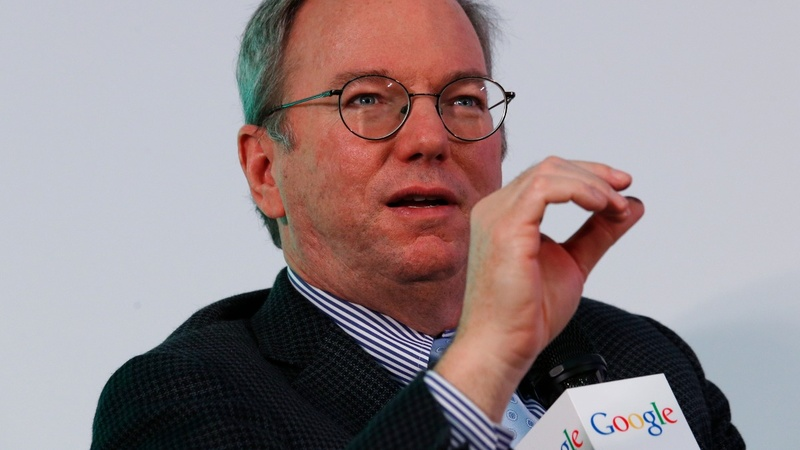Alphabet's Schmidt to give up top job in January