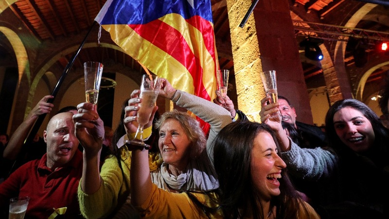 Catalan separatists nab shock narrow victory