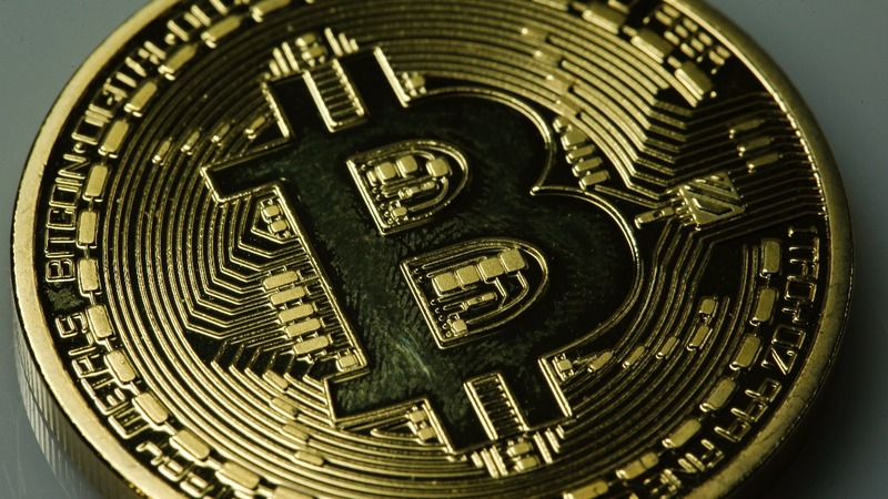 Bitcoin heads for worst week since 2013