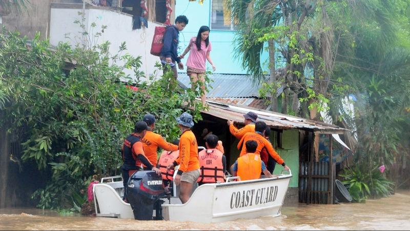 More than 100 dead in Philippine mudslides