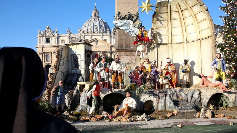 Topless woman tries to steal baby Jesus from Vatican