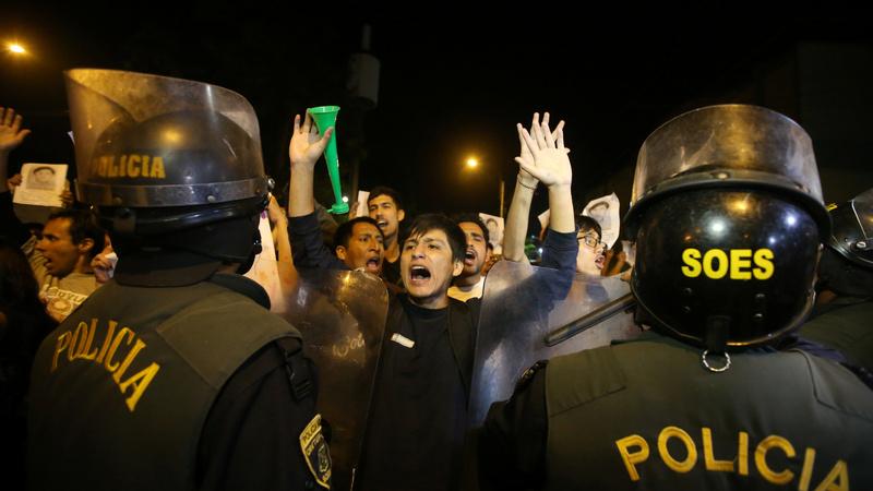 Fujimori apologizes as tensions grip Peru