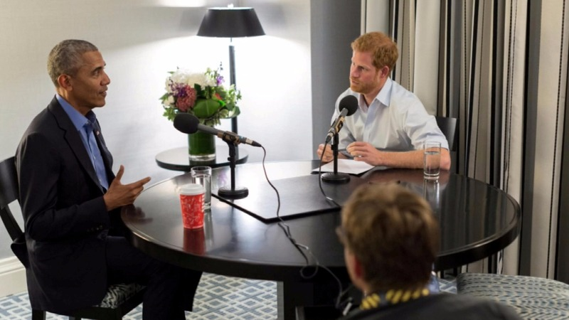 Obama warns of social media risks in Harry interview