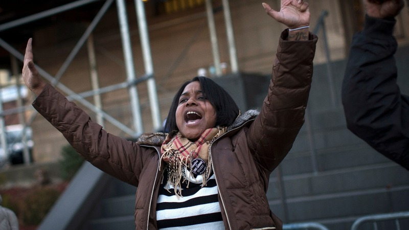 Civil rights activist Erica Garner dies at 27