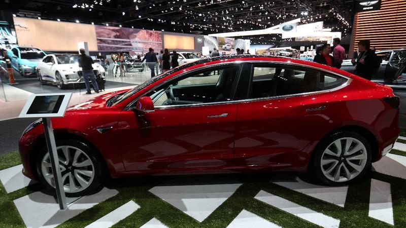 Tesla's Model 3 deliveries fall short of estimates