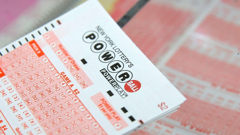 Powerball and Mega Millions jackpots top $400M