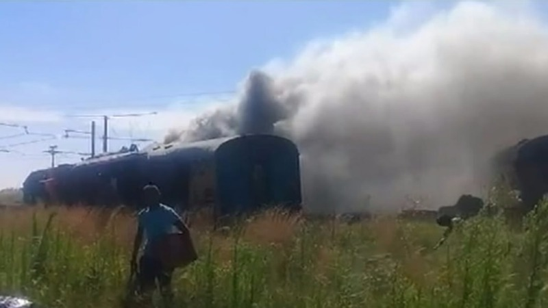 At least 12 dead in South African train crash