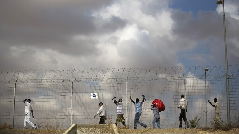 Israel offers to pay African migrants to leave